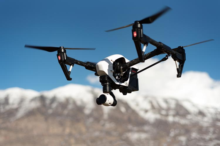 10 Reasons to Use Drones for Estate Security