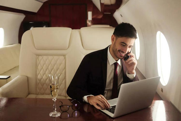 The Only Luxury Thing Rich People Don't Have is Privacy